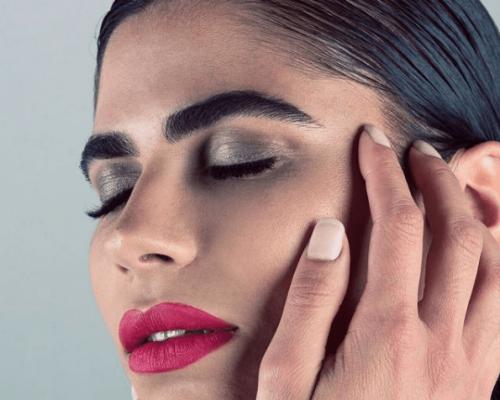 maquillaje modelos gris